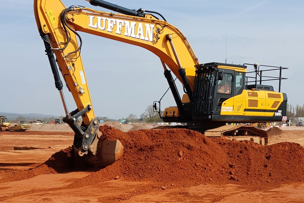38t excavator with GPS modelling & machine control