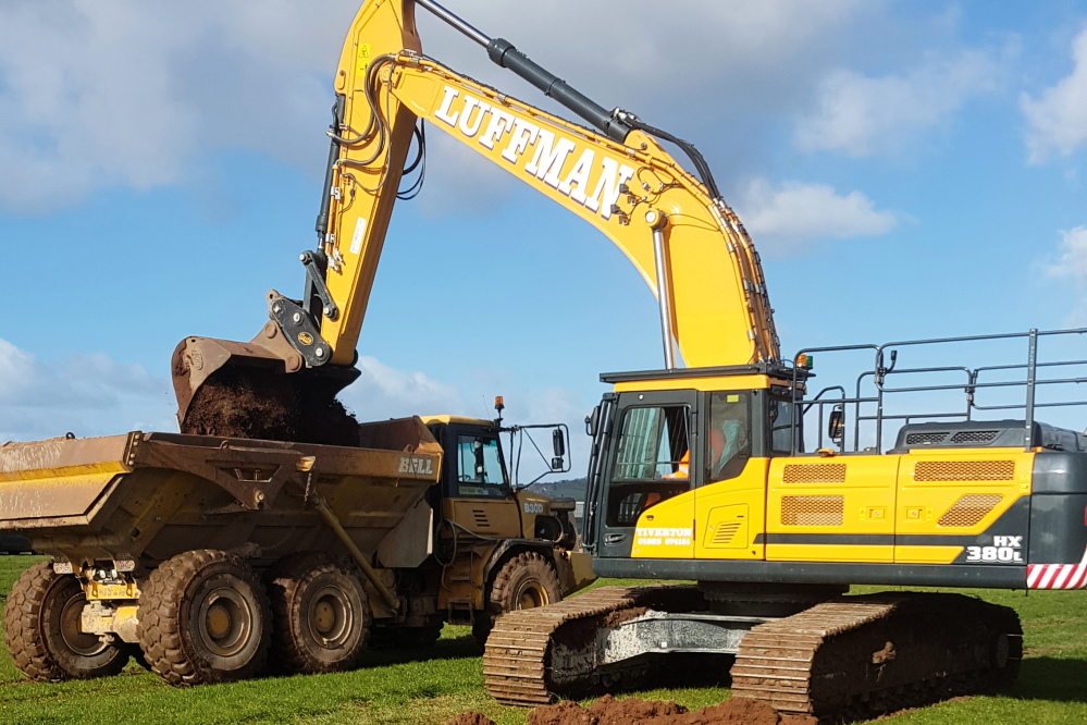 38t excavator with GPS control & 30t ADT
